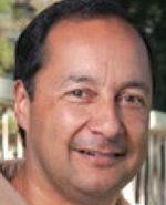 Robert Rosales