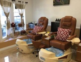 Premier nail salon 'Calvin's' opens in Templeton