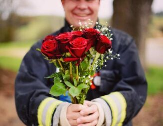Firefighters selling Valentine's flowers to fundraise for Leukemia and Lymphoma Society